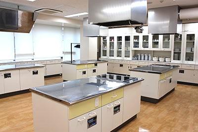 調理室兼商品テスト室