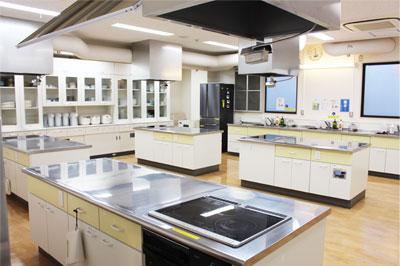 調理室兼商品テスト室写真